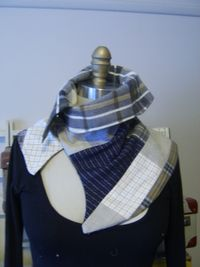 Small collar front