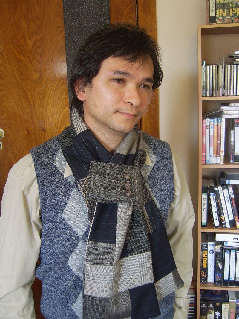 Ed in scarf 005
