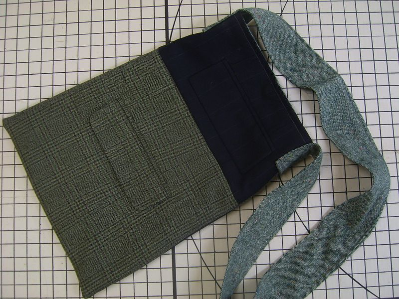 Pin stripe side1
