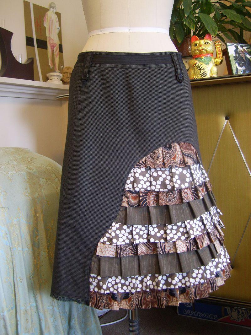 Peacock skirt front